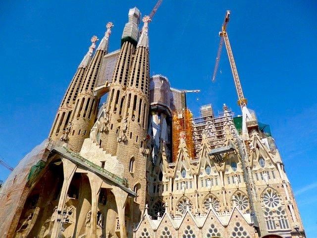 Sagrada Familia, a mais icónica obra de Antoni Guadi