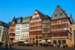 Como ir do aeroporto de Frankfurt Hahn para a cidade