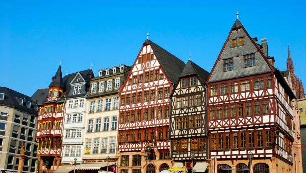 Como Chegar ao Aeroporto de Frankfurt Hahn: Transferes