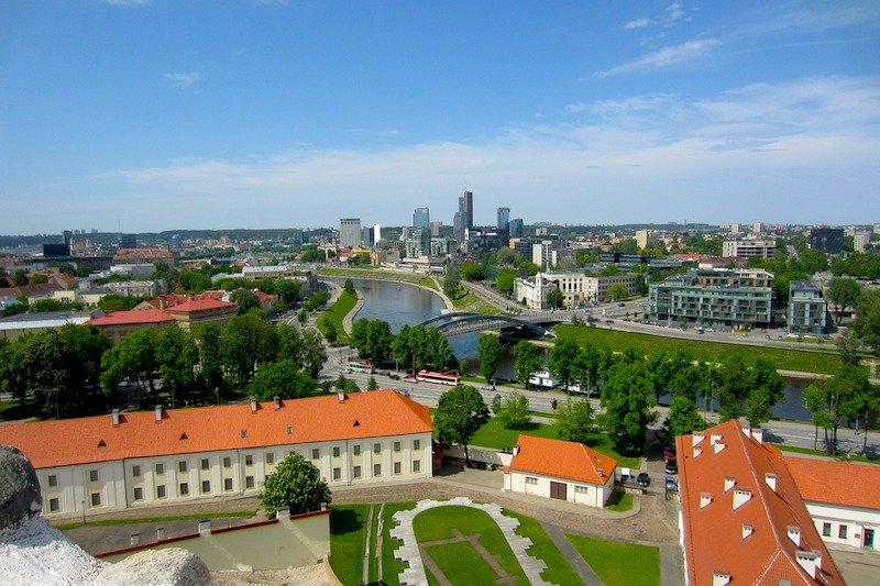 Como ir do aeroporto para o centro de Vilnius